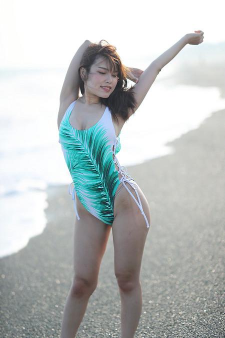 Maika_k2018080531