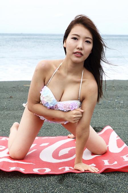 Momoko_k2019070706