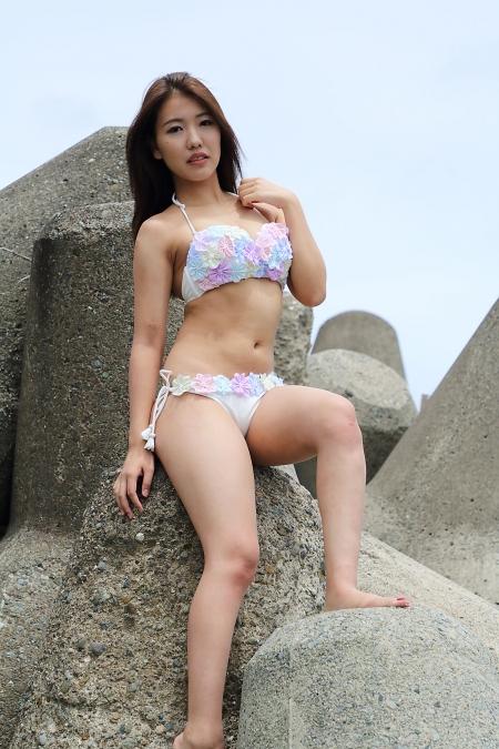 Momoko_k2019070729