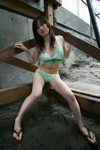 tomoko-20050703-02
