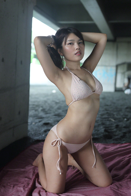 Maika_k2018081202