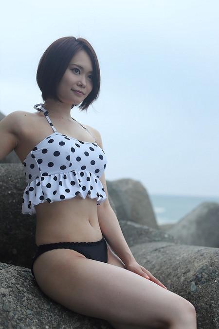 Moeko_s2018081203