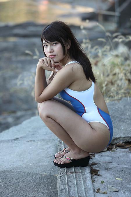 Maika_k2018100730