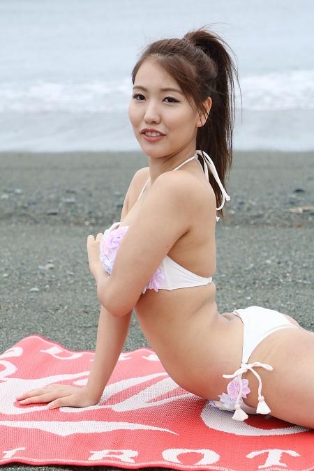 Momoko_k2019070718