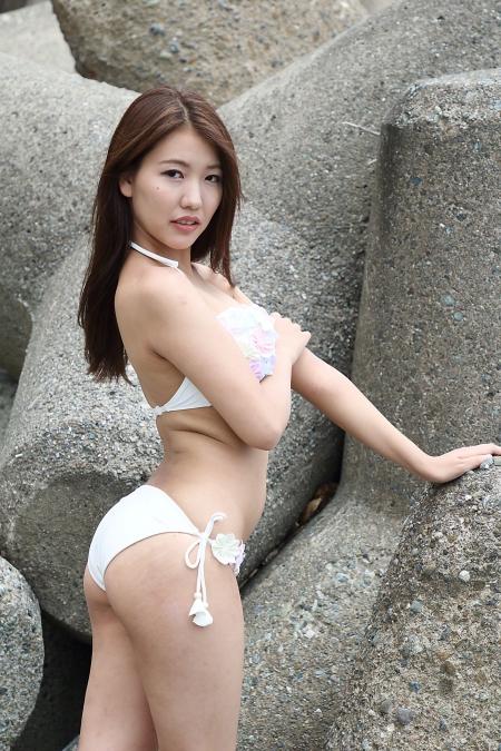 Momoko_k2019070727